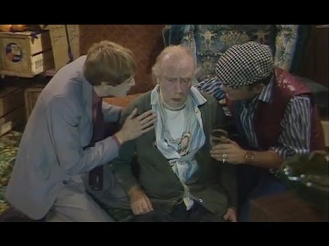The Kiss of Life - Only Fools and Horses - BBC