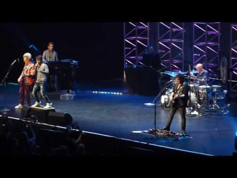 Don't Stop Believin' - Journey Live Honolulu 2017