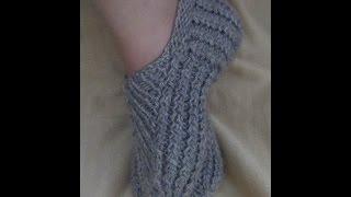 Следки спицами с подошвой ПЛЕТЕНКА. How to knit short socks