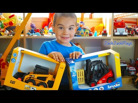 Toy Trucks for Kids UNBOXING Bruder Skidsteer Forklift Playi