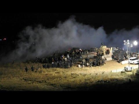 Protestors, police clash at Dakota Pipeline site