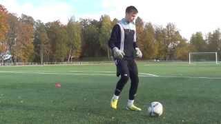 Sports Factory goalkeepers training • Футбольная тренировка вратарей (ввод мяча, пас, приём, ловля)