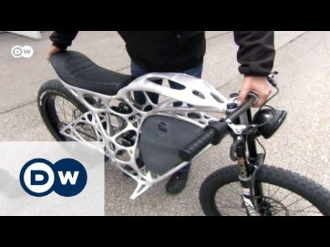 das erste motorrad aus dem 3d drucker euromaxx youtube. Black Bedroom Furniture Sets. Home Design Ideas