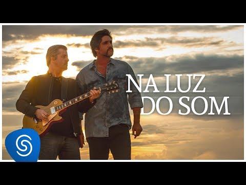 Victor & Leo - Na Luz Do Som (Vídeo Oficial)