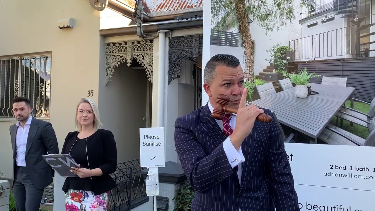 15 registered bidders at Leichhardt auction