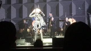 """PJ Harvey """"Dollar, Dollar"""" @ FOX Performing Arts Center Riverside 05-10-2017"""