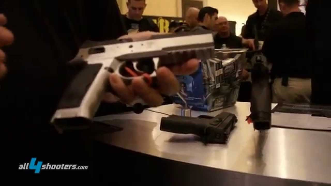Kriss Systems Sphinx SDP steel sub compact pistol at SHOT Show 2013