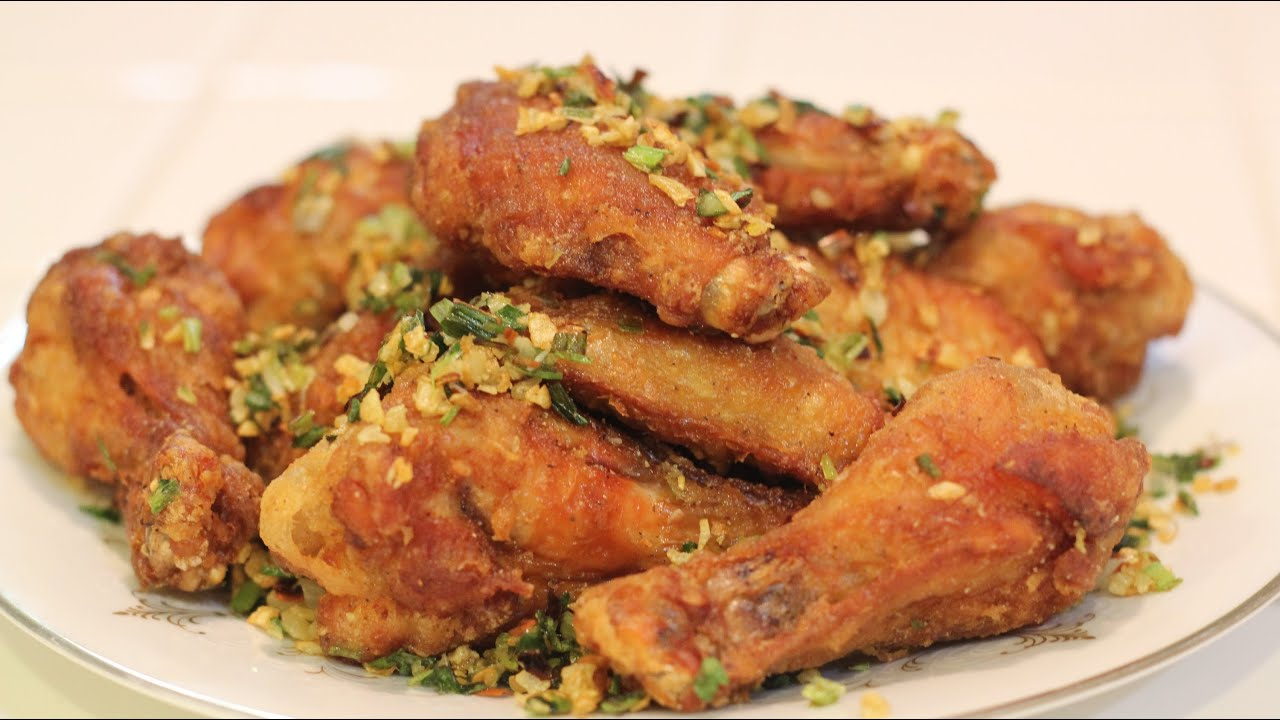 How to Make Salt And Pepper Chicken Wings! - YouTube