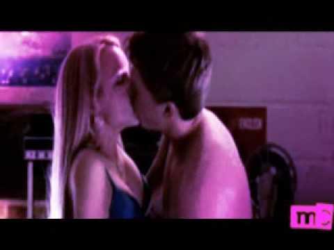 girls kissing scenes ghanaian sex videos