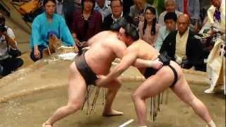 2012年9月23日(日)、平成24年9月場所千秋楽に行ってきました! いやー見...