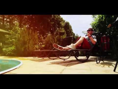 Reginald & Mio - Dáme párty? (Official video)