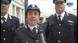 Fiocco rosa in vaticano. Una donna poliziotto aiuta mamma a partorire