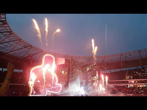 Robbie Williams Angels & Fireworks LIVE Germany Hannover 11.
