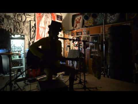 JunFukudaDerRockstar Live at Divinagracia's 2012