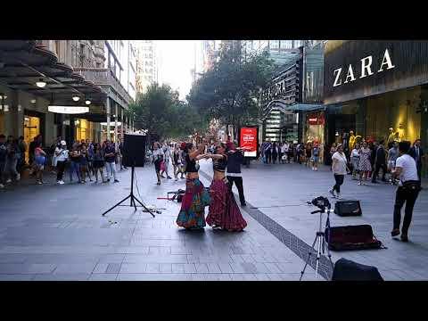Street brazilian belly dance in Melbourne downtown(1)