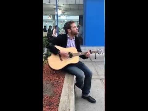 Pinny Schachter Singing Bshem Hashem