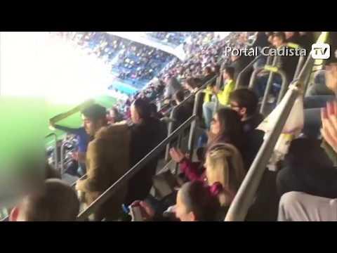 Minuto de ovación al Cádiz CF por la permanencia en LaLiga 1|2|3