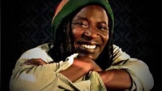 Alpha Blondy - Operation Coup De Poing.