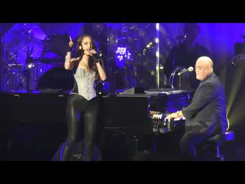 Bill George - Billy Joel Joined by Daughter Alexa Ray and Big Stars at 70th Birthday Show