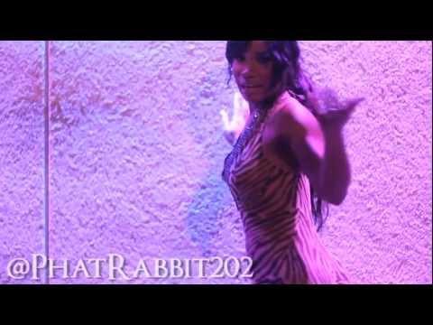 Stadium DC 1st Lady @PhatRabbit202 dancing to @DavidCorrey #InTheMorning