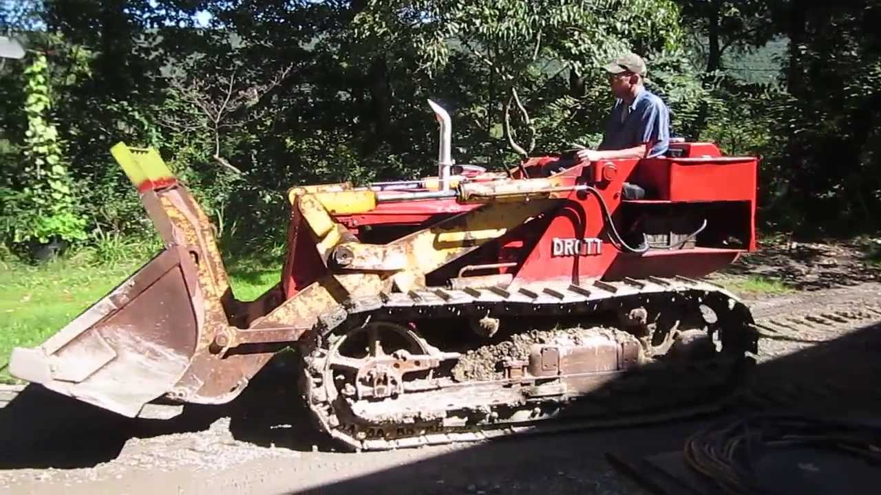 1950 IH T-6 with Drott Loader attachment
