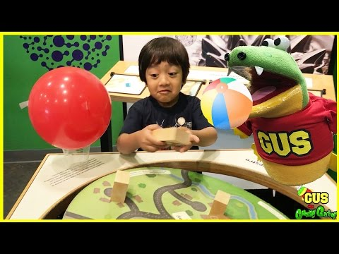 CHILDREN'S MUSEUM Play area with Ryan ToysReview!
