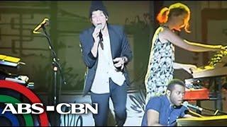 Bandila: American band Chicago rocks Manila