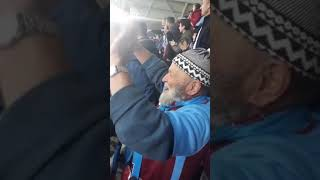 Trabzonspor - Rizespor maçında Ahmet dedemizin sevinci...