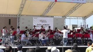 第6回ブラスフェスタが秋田市エリアなかいちで行われました。 演奏は秋...