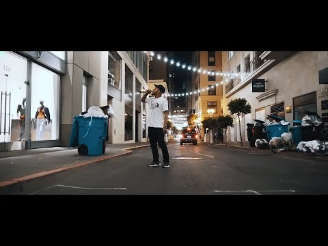 """Lumbi - """"Right Here"""" (Official Music Video)"""