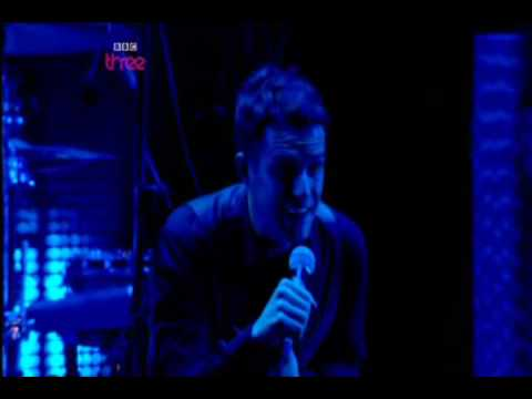 The Killers  Smile Like You Mean It & Spaceman  T in the Park 2009