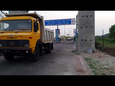 Bangladesh-India land port border.