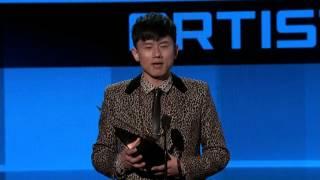 Zhang Jie Win International Artist Award - AMA 2014