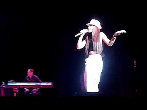 """Nadine Lustre singing """"Touch"""" #ParisianSlayLikeNadine"""