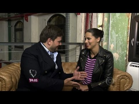 Mais Você Show Interview Adriana Lima July 18, 2014 ( Portuguese )