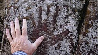 2016 Handprints on Cave Walls洞窟の壁画・75%が女性だった75 % of them are Female by Hiroshi Hayashi, はやし浩司Japan