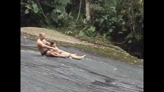 Gambar cover glauber e nathan na cachoeira de angra.