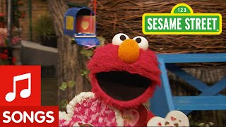 Sesame Street: Elmo Sings Happy Valentine's Day Song!