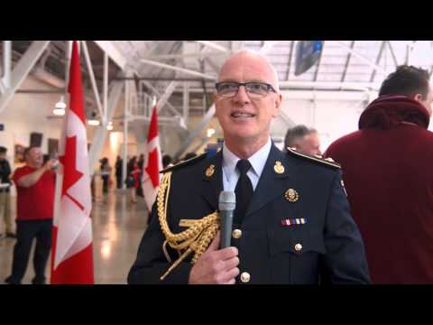 Being Canadian / Être Canadien - Bernie Murphy