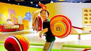 어린이 과학관 예준이의 키즈 체험 박물관 학습 공룡 테마파크 놀이터 Funny Kids Museum for Children Playground
