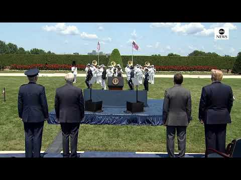 Pres.Trump welcomes new