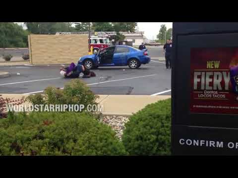 The Alan Cox Show - Man Orders Taco Bell While Women Engage In A Kerfuffle