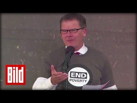 "Gerd Müller (CSU) redet Englisch - Denglisch-Rede beim ""Earth Day"" - Development awkward I love you"