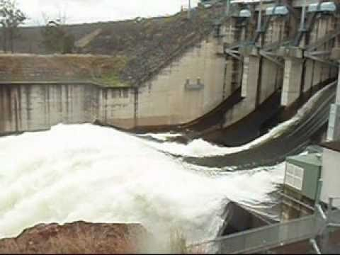 Wivenhoe Dam Flood Water Release SPECTACULAR FOOTAGE