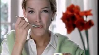 Ophelie Winter - TV Commercial BIO fruits de DANONE.