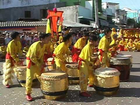 nghinh ong 2010 LIEN HUU DUONG 聯友醒獅金龍團 lion & dragon dance