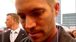 Paul Walker auf den roten Teppich von der FAST FIVE Premiere in Köln-Germany!  Paul speak with me!