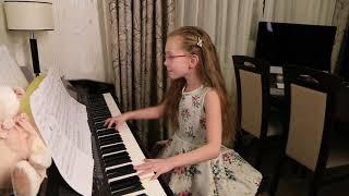 СИНЯЯ ВЕЧНОСТЬ (О, МОРЕ, МОРЕ! /М.Магомаев)  -  Виктория Старикова - 9 лет