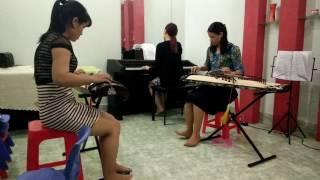 Lòng mẹ - Song tấu đàn Tranh (học được 3 tháng) tại trung tâm âm nhạc Maria - Bình Dương