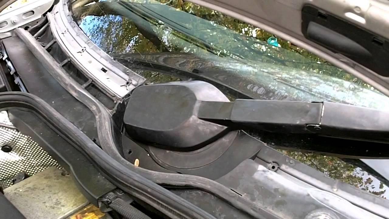 How To Remove Mercedes W202 Windshield Wiper Motor
